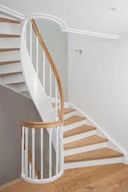 geschlossene treppen geschlossene wangentreppe über 4 etagen wangen stäbe und