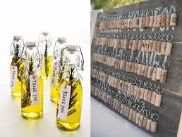 cadeau mariage invitã huile aromatisé ou porte clef bouchon cadeaux invités