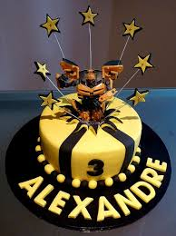 transformer birthday cakes 105 best cakes transformers images on transformer