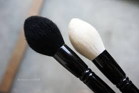 if you haven t checked out the wayne goss holiday brush i highly remend you do soon it s limited edition and exclusive to beautylish