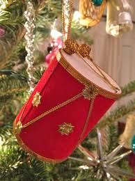 my favorite vintage ornaments drummer dish