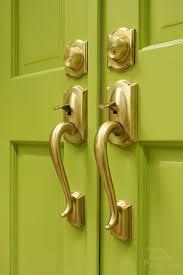 Replacing Interior Door Knobs How To Replace Door Knobs And Deadbolts Pretty Handy