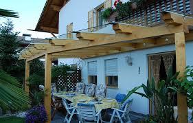 tettoie in legno e vetro costruzioni in legno carpenteria piazzi mathias tesimo
