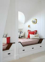 deco chambre marin la décoration marine en 50 photos inspirantes coastal cottage