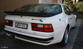 wheeler dealers porsche 944 buying a porsche 944 is never simple firstworldproblems