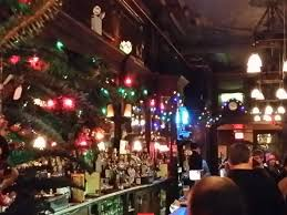 12 new york restaurants with great holiday decorations