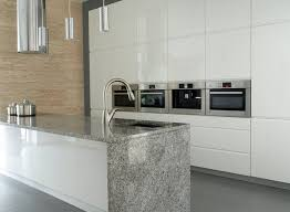 arbeitsplatte küche granit die besten 25 arbeitsplatte küche granit ideen auf