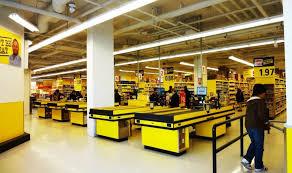 discount grocery chain nofrills opens up in kitsilano kitsilano ca