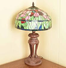 style stained glass lamp by thomas pacconi ebth