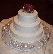 christmas wedding cakes christmas wedding cake ideas idea in 2017 wedding