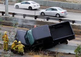rainy day car accident in los angeles photoformula com by