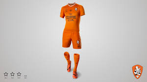 roar reveal new umbro home kit brisbane roar