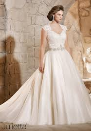 plus wedding these 8 plus size wedding gown designers are for