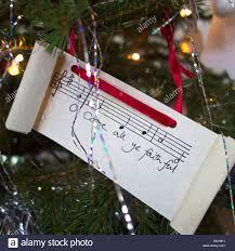 o come all ye faithful carol lyrics on a tree
