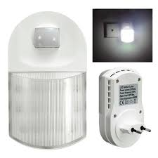 motion sensor night light plug in eu plug infrared 9 led night light socket human body motion sensor