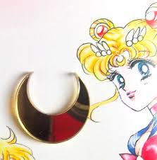 pretty sailor moon forehead crescent moon for
