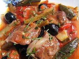 cuisiner joue de porc recette de joues de porc aux péquillos mijotées au madiran