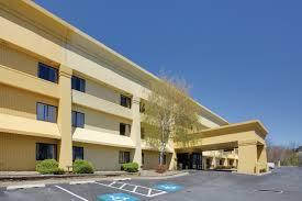 la quinta inn u0026 suites harrisburg airport hershey near witf