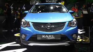 opel karl interior opel karl rocks rolls out for debut in paris