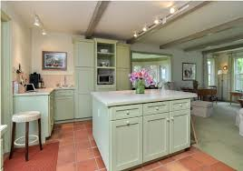 painting kitchen cabinets mississauga 10 steps to painting your kitchen cabinets the right way