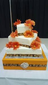 wedding cake made for christmas time wedding 2 layer 8