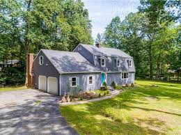danbury real estate danbury ct homes for sale zillow