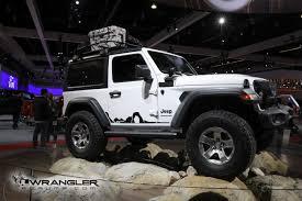 jeep rubicon white sport la auto show bright white jl wrangler sport with mopar parts
