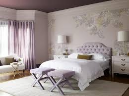schlafzimmer tapeten gestalten lila master schlafzimmer tapeten yatak odaları