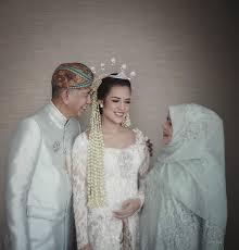 wedding dress raisa raisa andriana hamish daud wyllie by david salim photography