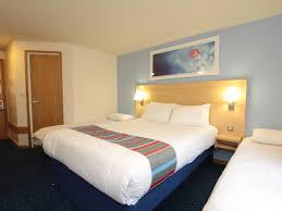 travelodge aberdeen central hotel aberdeen central hotels