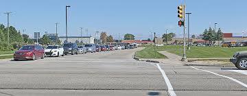 traffic light mt clemens traffic study near dakota hs calls for new traffic lights more time