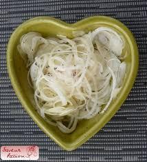 oignon blanc cuisine salade d oignon blanc vinaigrette au miel saveur
