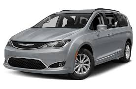 2017 chrysler pacifica vs 2018 honda odyssey casa chrysler
