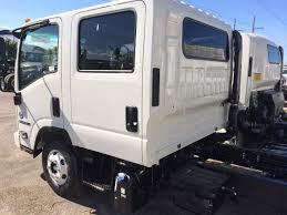 volvo truck dealer miami 2017 isuzu npr hd miami fl 111631901 commercialtrucktrader com