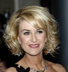 medium hairstyles for older women women medium haircut