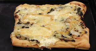 pizza hervé cuisine pizza aux bettes et fromage de herve