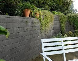 Steine Fur Gartenmauer Mauersteine Aus Beton Für Gartenmauern Von Weserwaben