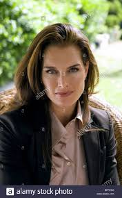 brooke shields nip tuck nip tuck season 4 2006 stock photo