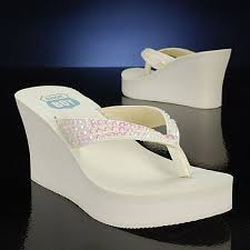 wedding shoes for grass how to choose your wedding shoes smartbrideboutique