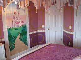 Disney Princess Bedroom Ideas Best 25 Princess Mural Ideas On Pinterest Rapunzel Room