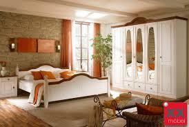 Schlafzimmer Komplett Mit Eckkleiderschrank Schlafzimmer Landhausstil Komplett Wales Kiefer Teilmassiv T25