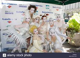 Broadway Barns The Cast Of Cirque Du Soleil U0027s Zarkana Broadway In Bryant Park