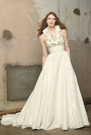 affordable bridal gowns 5 wedding dresses that cost less than 1 000 2 are less than 675