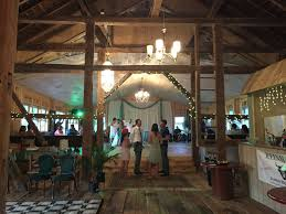 reinhart u0027s barn weddings u2013 elegant yet affordable weddings