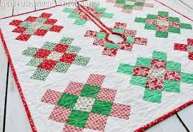 square quilted tree skirt favequilts