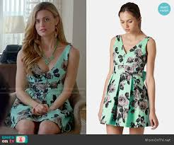 wornontv paige u0027s green floral v neck dress on royal pains