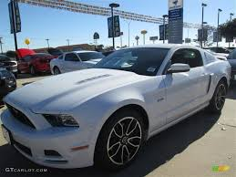 2014 mustang gt premium 2014 oxford white ford mustang gt premium coupe 89161172