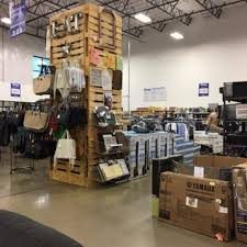 big box outlet store 60 photos 64 reviews outlet stores