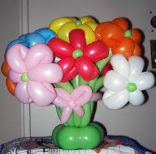 Buffet Table Decor by Wedding Buffet Ideas Using Balloons For Buffet Table Decorations