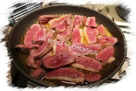 cuisiner magret de canard poele magret de canard à l orange et au miel les folies de christalie